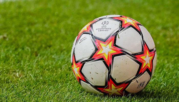 wer kommt in die Champions League